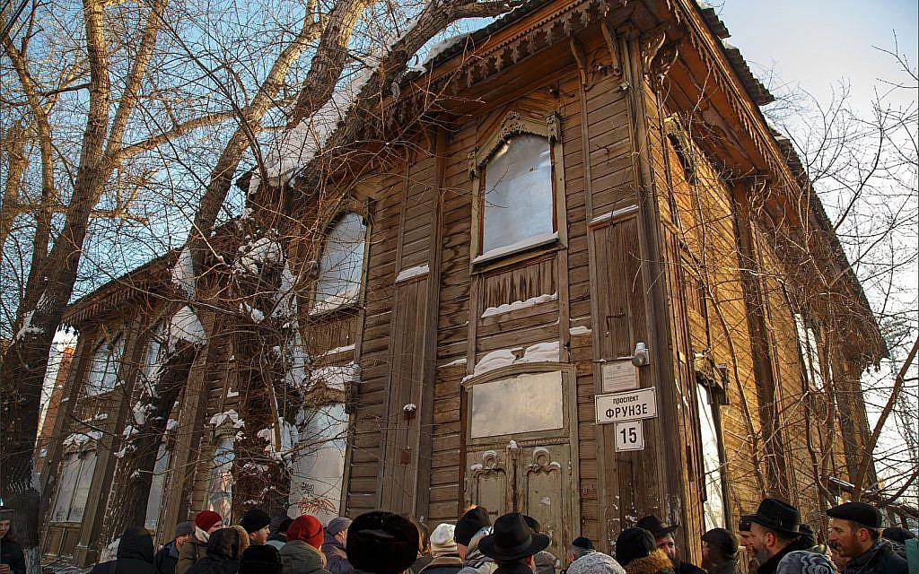 Sinagoga siberiana vuelve a manos judías tras casi 90 años